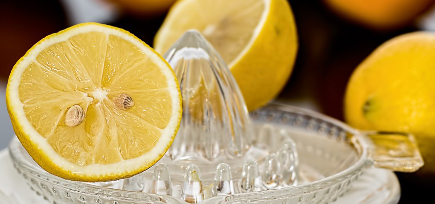 trucchi_succo_di_limone_pulizie_in_casa.jpg