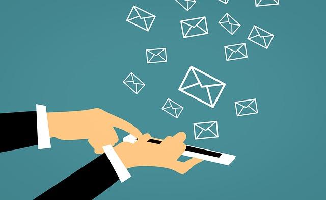 inviare sms per trovare clienti